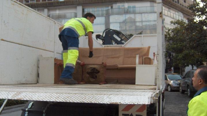 Andratx incrementa su servicio de recogida de muebles desde agosto