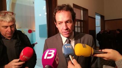 Marc Pons se reúne con el ministro Ábalos para cerrar las subvenciones a viviendas sociales en Balears