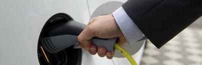 Coches de alquiler eléctricos en Mallorca: pocos puntos de carga y demanda limitada