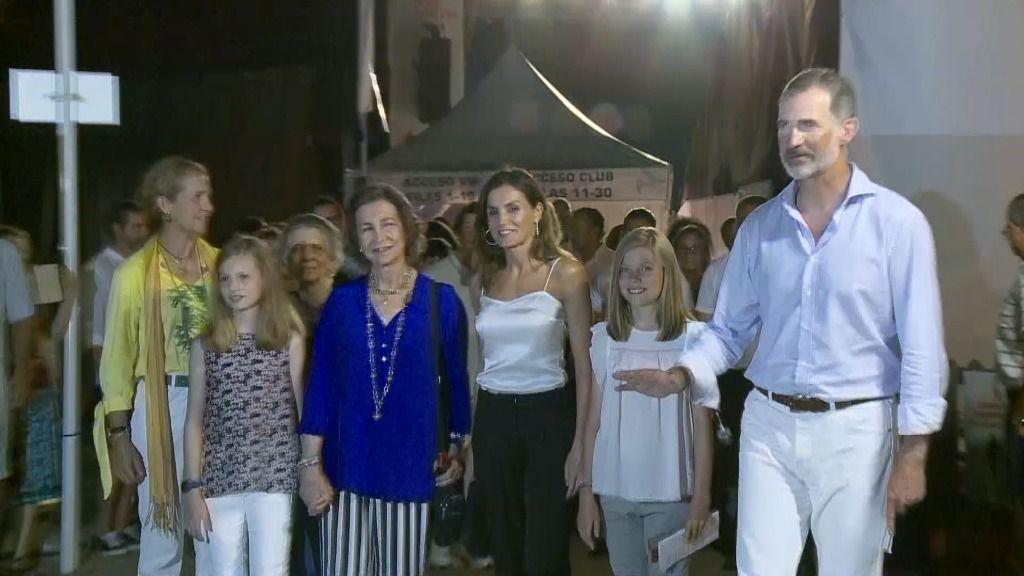 La Familia Real asiste al concierto del violinista Ara Malikian en Port Adriano