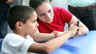IBFamilia propone a los padres hacer un contrato con sus hijos para el buen uso del móvil