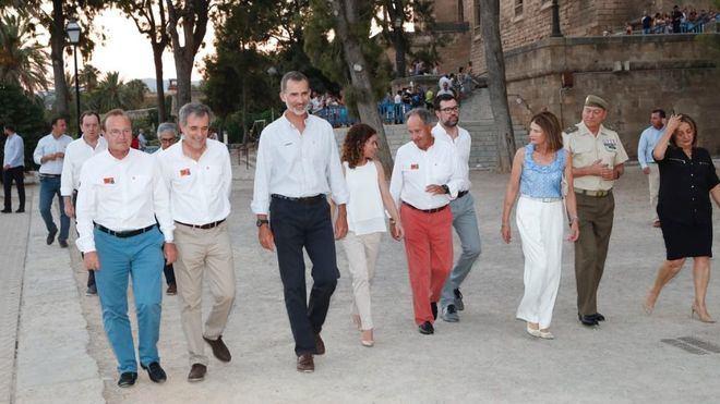 Felipe VI pone el broche a la 37 Copa del Rey Mapfre de vela con la entrega de premios en Palma