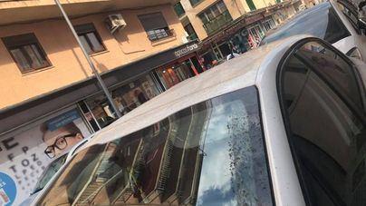 Tres turistas holandeses detenidos por tirar una mesa por la ventana de un hotel del Arenal