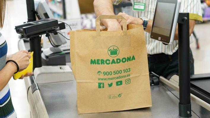Mercadona sustituye las bolsas de plástico por otras reciclables