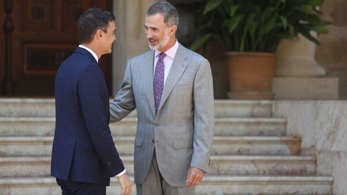 Primer despacho del verano entre el Rey y Pedro Sánchez en Marivent