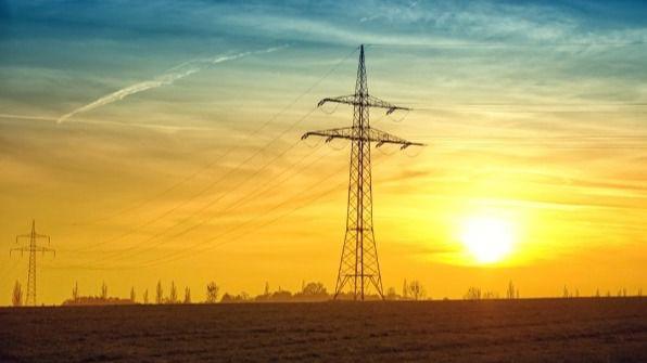 La potencia eléctrica contratada: ¿debemos subirla o bajarla?