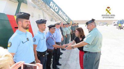 La delegada del Gobierno visita el buque oceánico de la Guardia Civil 'Río Miño'