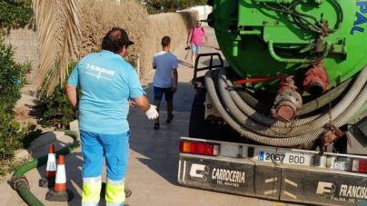 La playa de Ciutat Jardí continuará cerrada hoy aunque la conducción que produjo el vertido está reparada