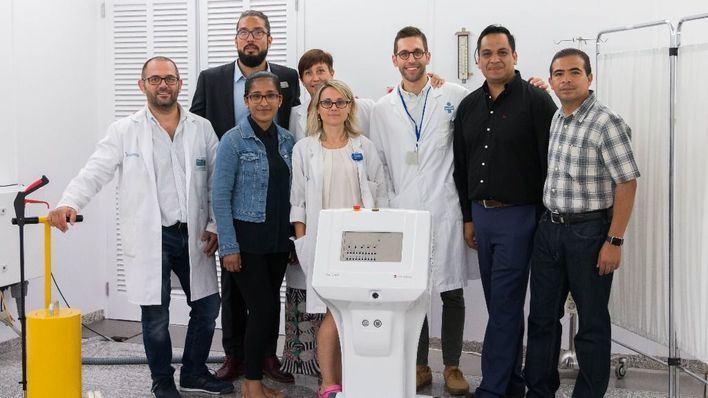 Dos oncólogos radioterápicos y un físico médico mexicanos visitan Juaneda para formarse en una nueva técnica contra el cáncer