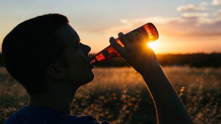 Cada español se gasta 1.095 euros al año en cerveza