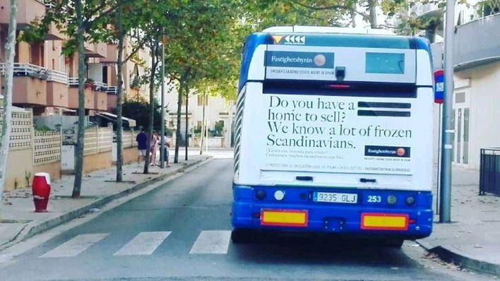 Buses de la EMT llevan publicidad para que los mallorquines vendan sus casas a extranjeros
