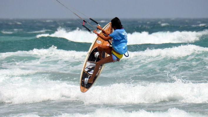 Indemnizan con 9.300 euros a un hombre por un accidente de 'kitesurf' en Port de Pollença
