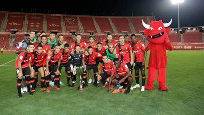 El Mallorca gana con apuros el trofeo Ciudad de Palma ante el Alcorcón