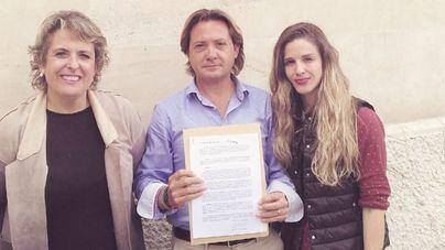 """Actua asegura que Baleares vive un """"caos"""" turístico por los vertidos, la turismofobia y la falta de seguridad"""