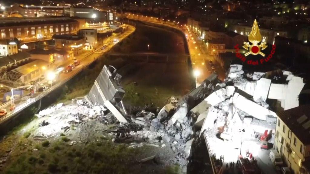 Continúan las labores de rescate tras la tragedia del puente en Génova