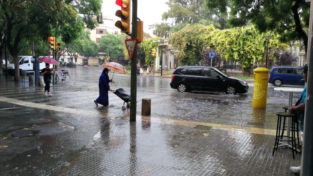 Tromba de agua en Palma y tormentas eléctricas en diferentes puntos de Mallorca