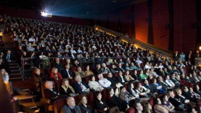 ¿Por qué no son más baratas las entradas de cine pese a la bajada del IVA cultural?