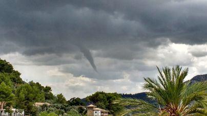 Nueva jornada de tormentas en Mallorca, que sigue en alerta tras las inundaciones de este viernes