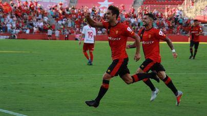 Victoria del Mallorca por 1-0 al descanso con un gol de Abdón Prats de penalti