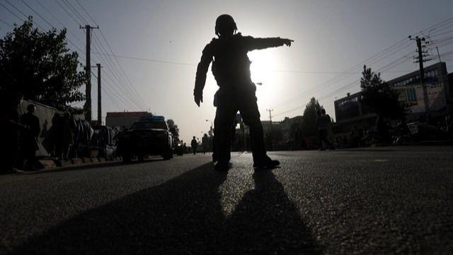 Los talibán secuestran tres autobuses en el norte de Afganistán