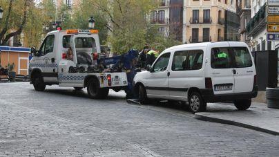 Piden a Cort 400.000 euros más para la grúa ya que la dotación anual