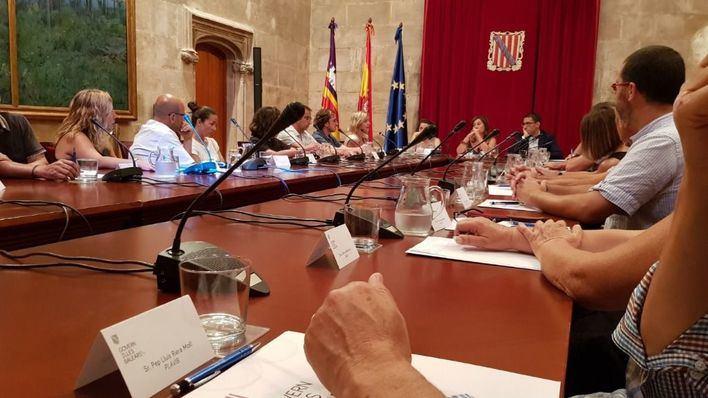El Govern contratará a asociaciones y ONGs los servicios sociales que no presta