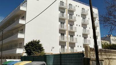 Herido grave un hombre de 36 años tras precipitarse por el hueco de la escalera en un hotel de s' Arenal
