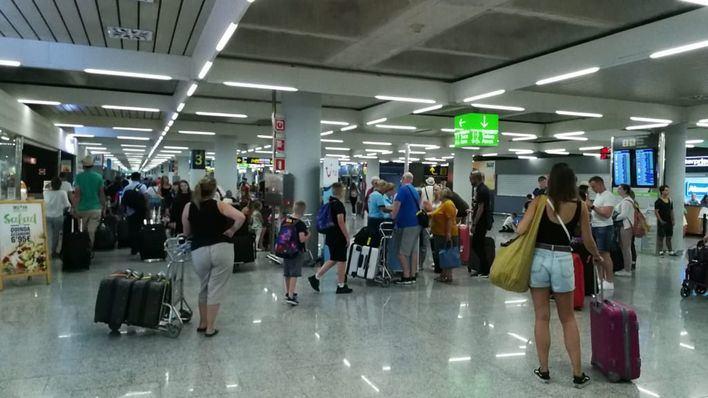 Los aeropuertos de baleares superan los 526.000 pasajeros este fin de semana