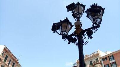 15.000 euros de presupuesto para sustituir dos farolas deterioradas ubicadas junto a la fachada de Cort