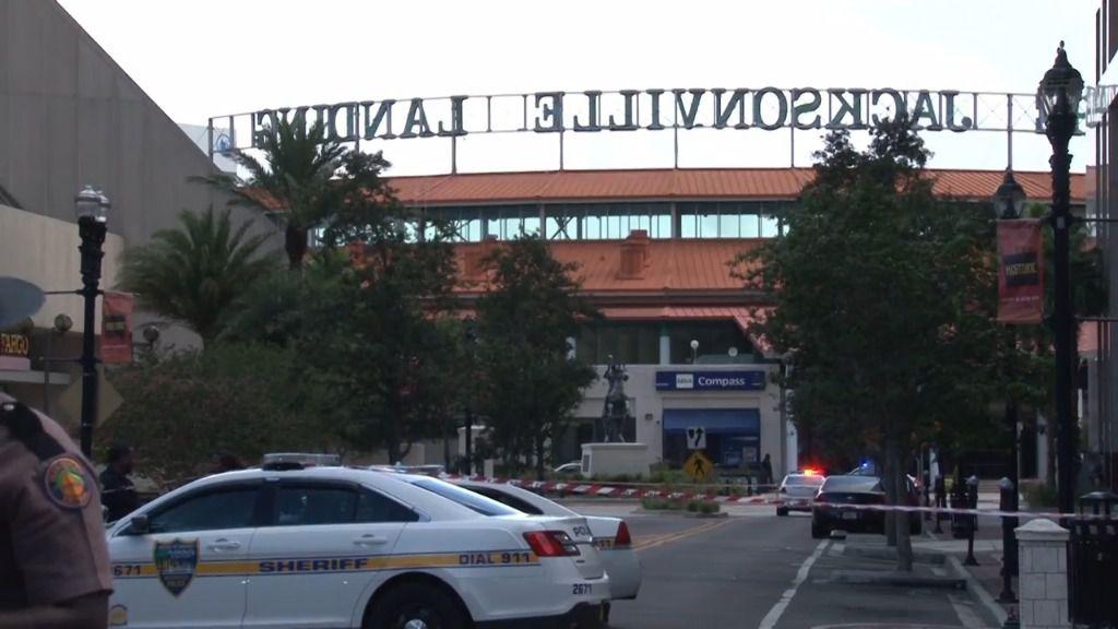 Tres muertos, entre ellos el atacante, en un tiroteo en Jacksonville