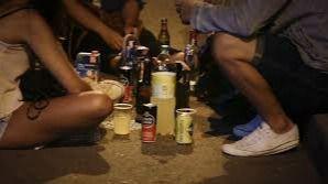 Los jóvenes de Balears se inician en el consumo de alcohol regular a los 17 años