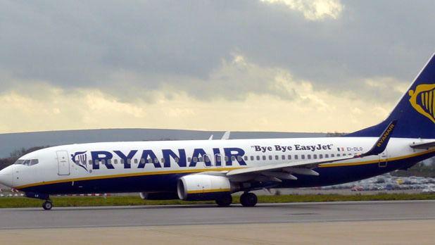 1cd9b916c El Ministerio de Fomento le pedirá explicaciones a Ryanair sobre el cobro  del equipaje de mano
