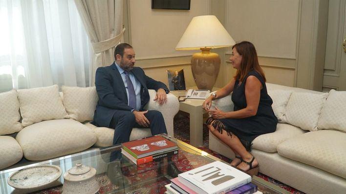 Fomento y Balears firmarán un convenio ferroviario para unir el aeropuerto con el centro de Palma