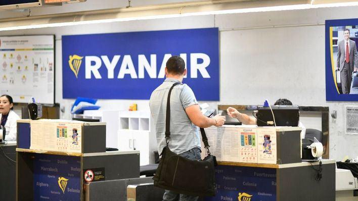 Siete de cada diez lectores dicen que no volarán con low-cost tras las noticias de Vueling y Ryanair