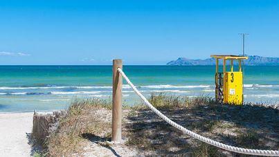 Cinco playas de Balears informan sobre el cuidado de la salud en la costa