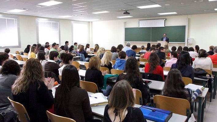 Denuncian que solo el 57,2 por cien de docentes universitarios tiene empleo estable