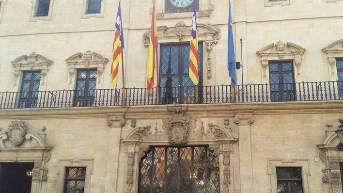 Cort promociona la oferta de cursos de catalán en seis idiomas