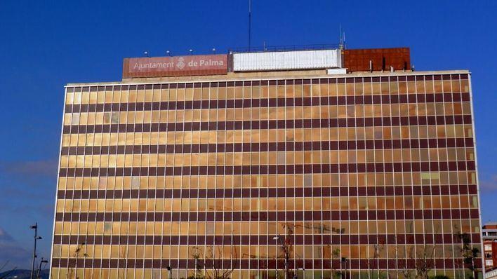 Peritos de Endesa valoran el estado del edificio de Gesa para decidir futuros usos