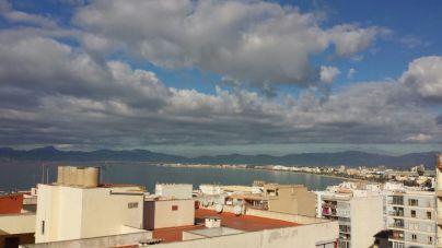 Día cubierto con posibilidad de chubascos en Balears