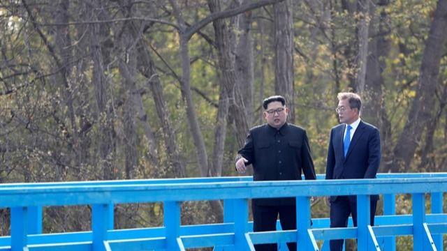 Kim y Moon celebrarán una nueva cumbre intercoreana este mes