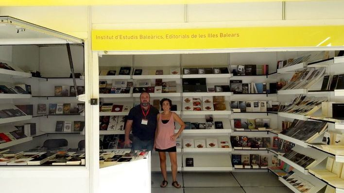 La literatura balear tiene expositor propio en la Semana del Libro en catalán