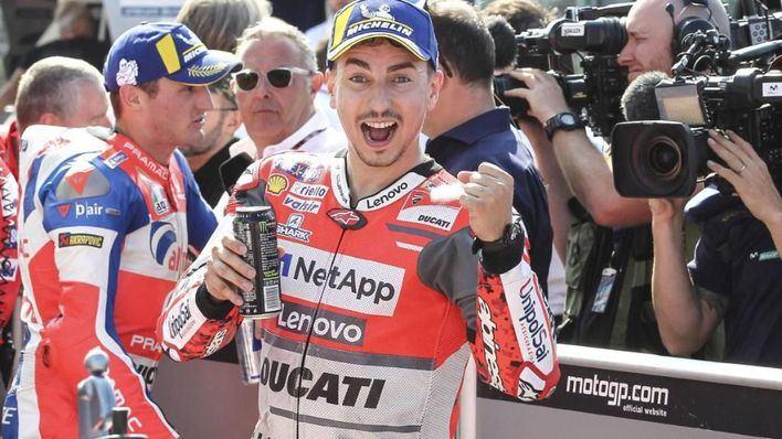 Lorenzo consigue una pole histórica en San Marino