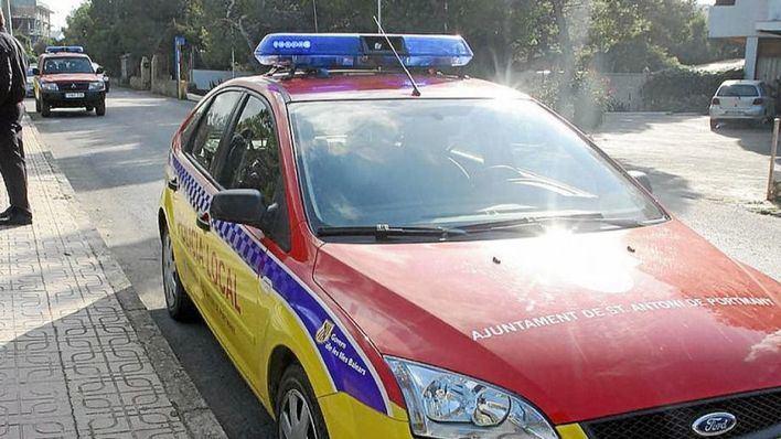 Tres detenidos por venta de droga y robo en Sant Antoni