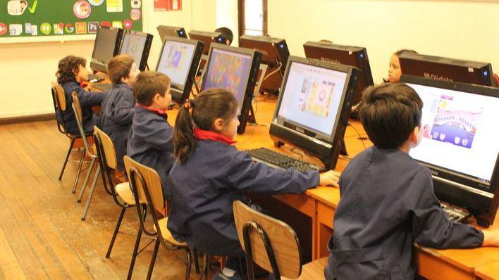 Balears a la cola en número de aulas de clase no universitarias con acceso a Internet del Estado