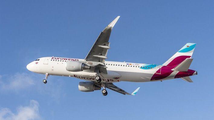 Un avión de Eurowings regresa a Palma por una liebre en un motor