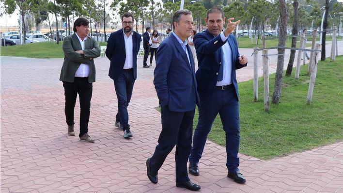 Noguera visita Huelva para conocer un proyecto de Puerto-Ciudad