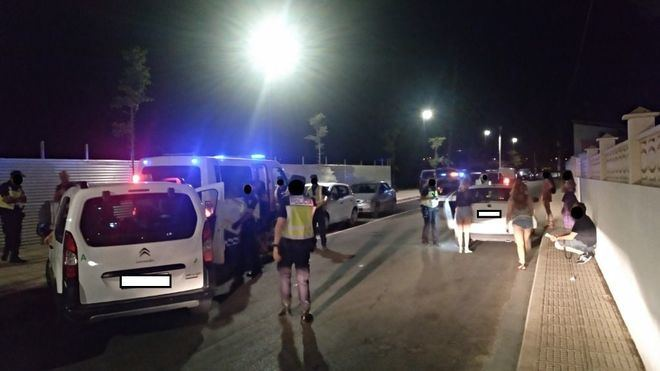 Detienen en Sant Antoni a un hombre por conducir con una licencia falsificada