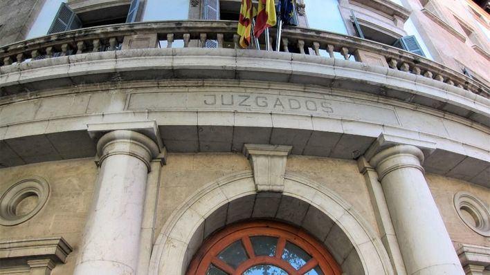 Citados siete investigados por la trama de las falsas intoxicaciones en hoteles de Balears
