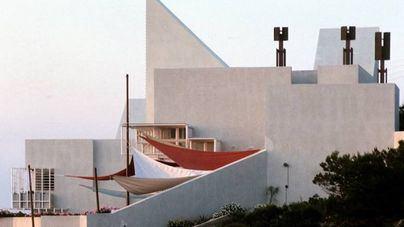 Sant Josep precinta la Casa Van der Driesche y ordena suspender el derribo