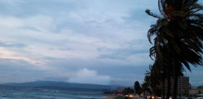 Alerta en el norte de Mallorca por riesgo de fuerte viento y mala mar